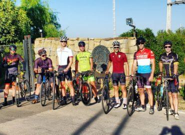 Cycling Club: Bici, Casco y Mucha Motivación